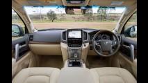 Reestilizado, Land Cruiser 2016 ganha novo interior que nem lembra um Toyota