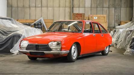PHOTOS - Les 65 modèles de la vente Citroën Héritage