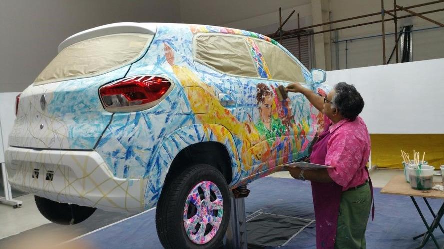 Art Car - La Renault Kwid en voit de toutes les couleurs