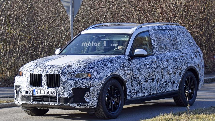 BMW X7 Almanya casus fotoğrafları