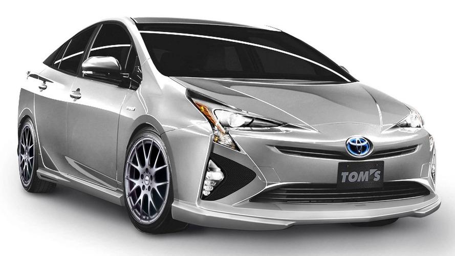 Does this Toyota Prius sporty body kit make any sense?