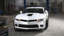 Chevrolet Camaro Z/28 was designed to fly [video]