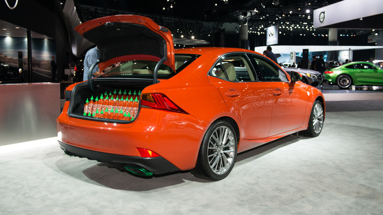 Lexus Sriracha IS: LA 2016