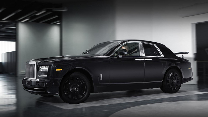 Rolls-Royce hints Cullinan SUV will have coach doors