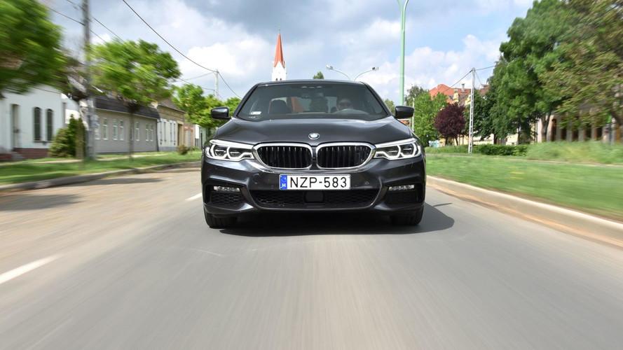 BMW 530d xDrive: sétáltathatod, de akkor sem megy le kutyába