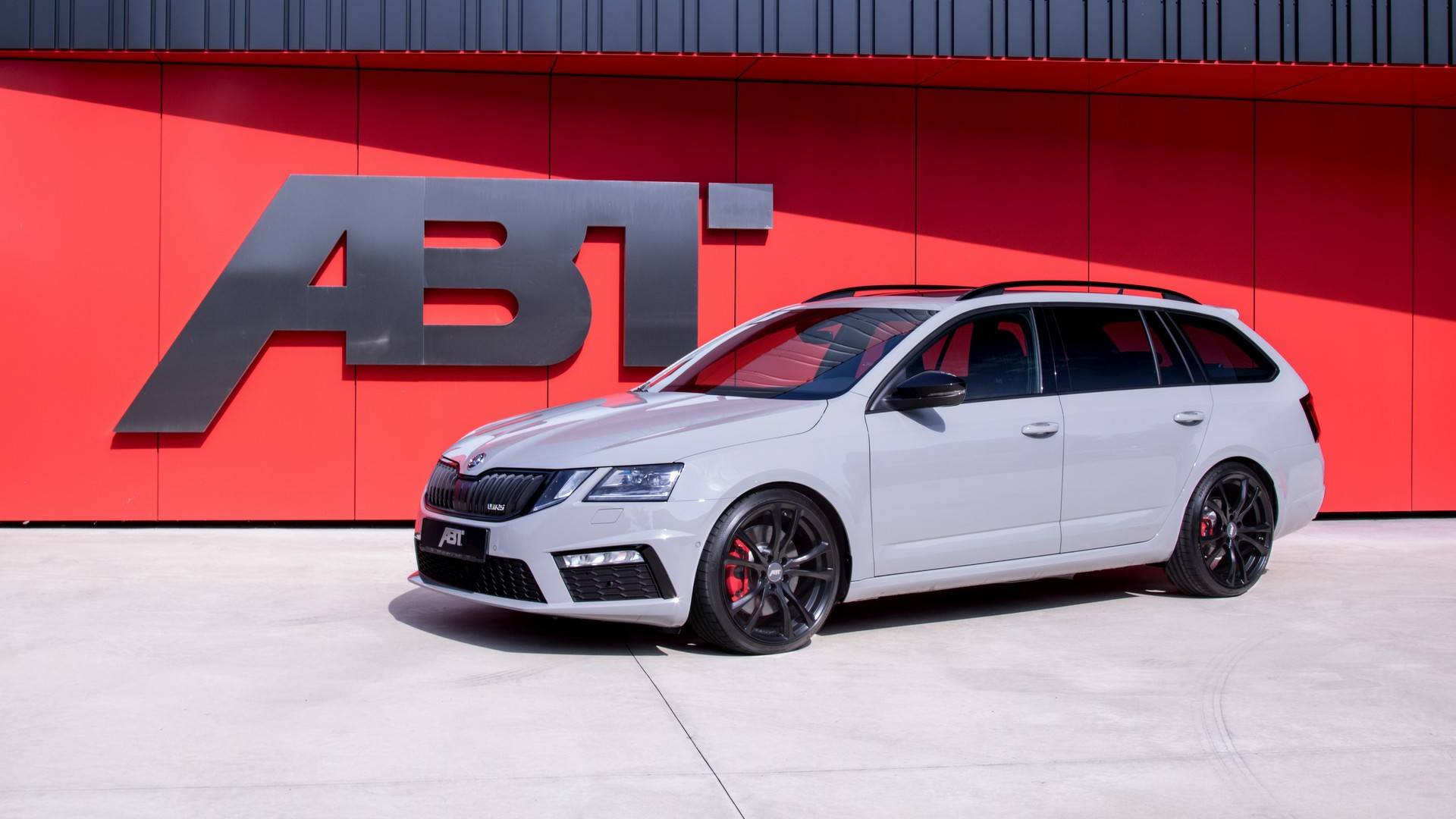 skoda octavia rs by abt looks normal but hides a secret. Black Bedroom Furniture Sets. Home Design Ideas
