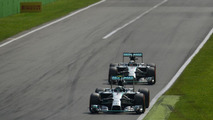 Nico Rosberg (GER) leads team mate Lewis Hamilton (GBR) shortly before out braking himself at the first chicane, 07.09.2014, Italian Grand Prix, Monza / XPB