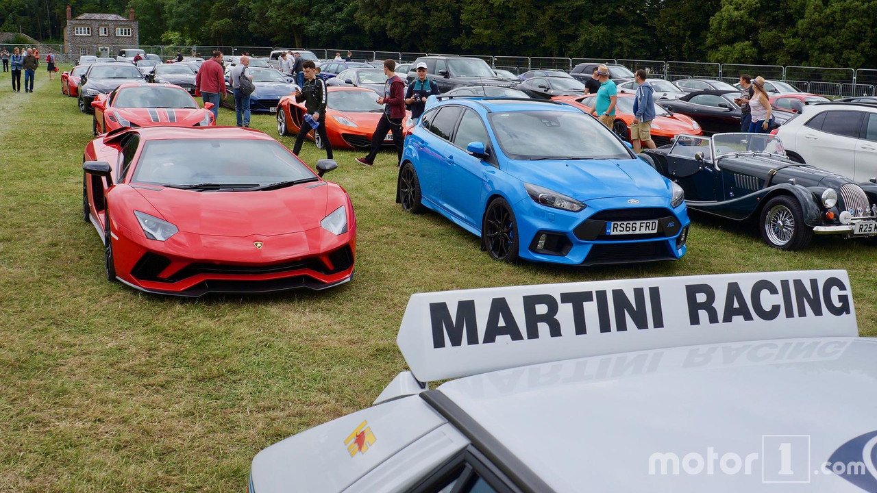 Lamborghini Aventador and Ford Focus RS at 2017 Goodwood Festival of Speed