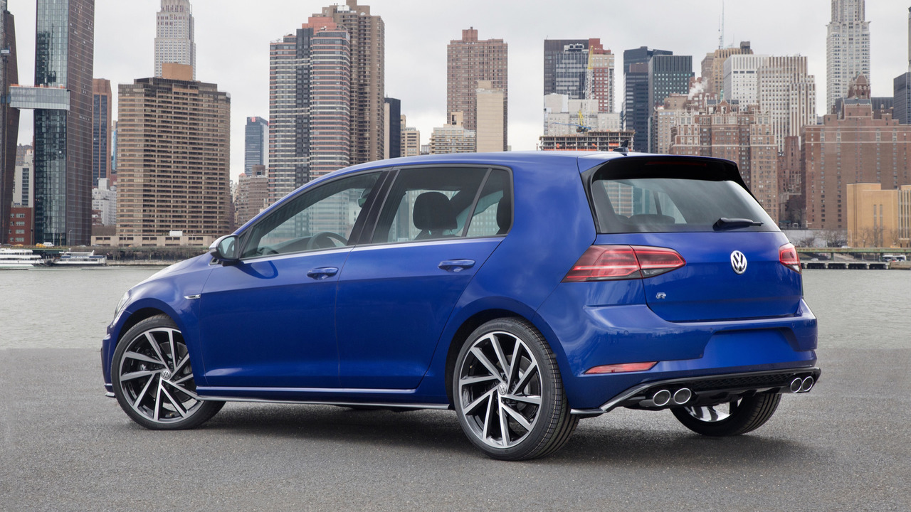 "2018 Vw Gti Usa >> VWVortex.com - 2018 Golf R (USA) - LED headlights/taillights, digital cockpit, 8"" Discovery Pro ..."