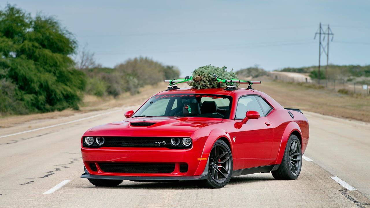 Dodge Challenger Hellcat For Sale >> Hennessey Dodge Challenger Hellcat Widebody Hauls Christmas Tree | Motor1.com Photos