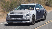 2019 Kia K900 Spy Photos