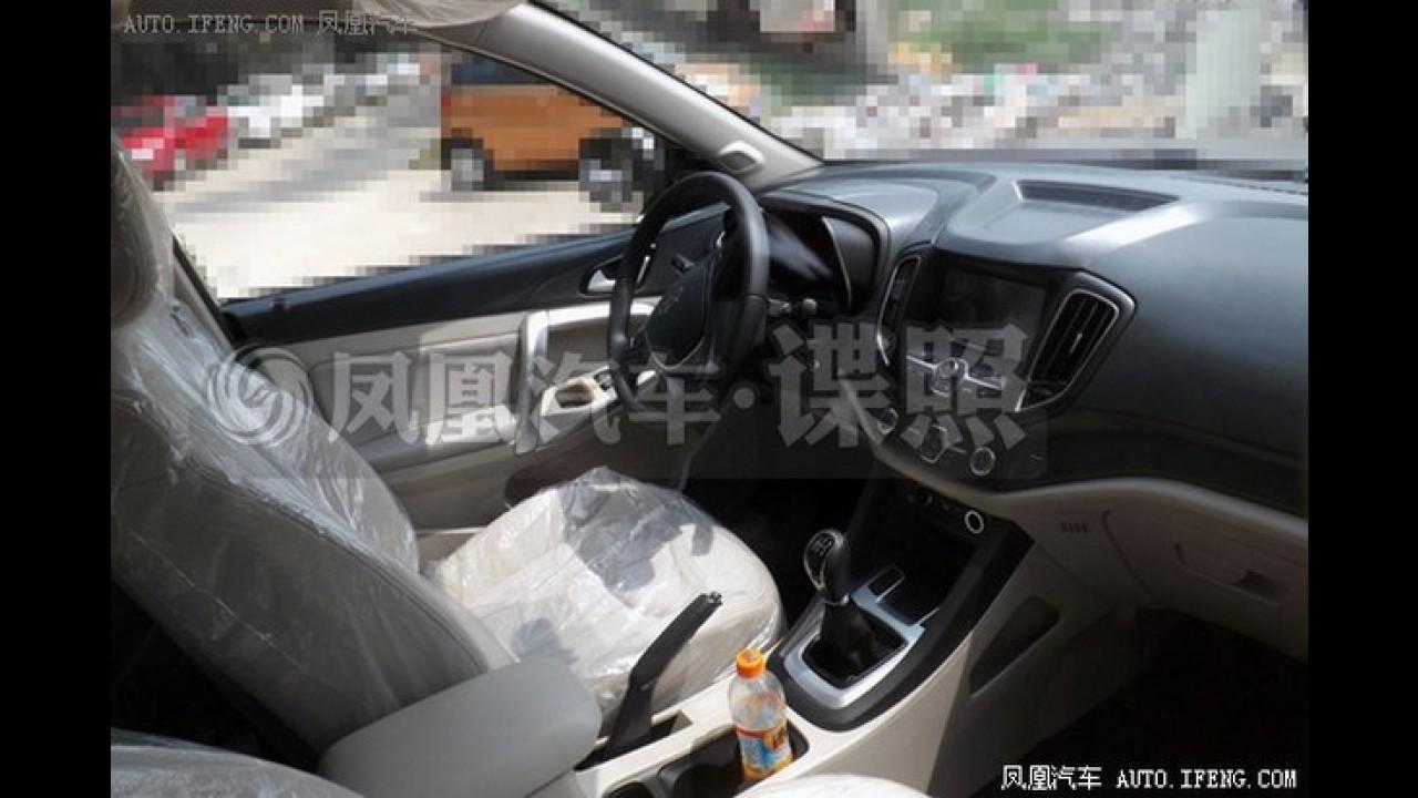 Novo Chery Tiggo 5 é flagrado novamente na China