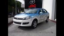 JAC Motors já tem seu J3 Turin elétrico, e nós o dirigimos