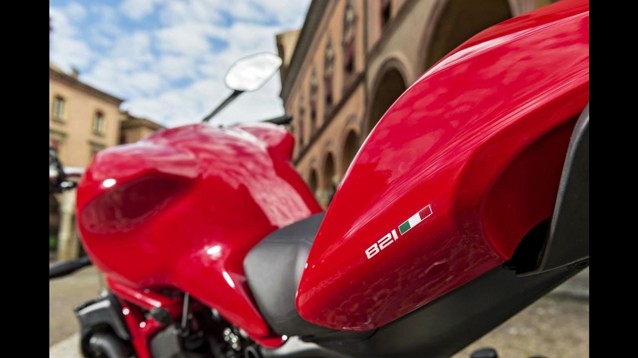 Ducati lança nova Monster 821 no Brasil por R$ 43,9 mil