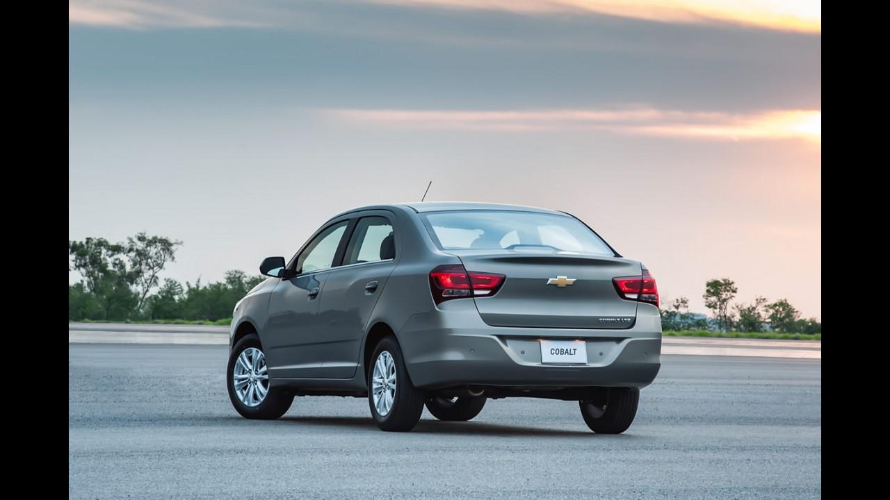Chevrolet deixa de exibir o Cobalt com motor 1.4 em seu site