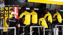 FIA gets stricter on team radio clampdown