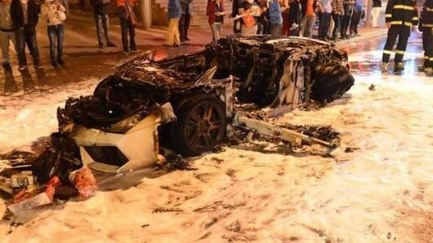 Lamborghini Gallardo melts in China after engine fire