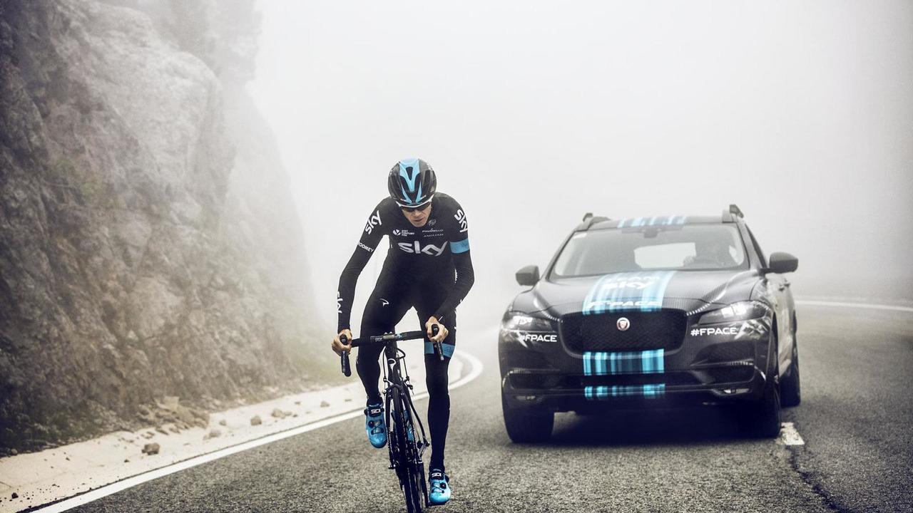Jaguar F-PACE 2015 prototipo Tour de Francia (Team Sky)