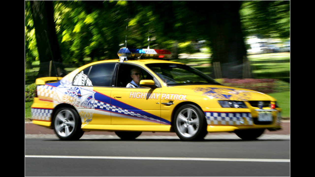 Holden Commodore Highway Police
