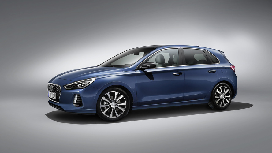 2017 Hyundai i30 revealed ahead of Paris debut