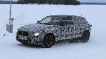 2012 BMW 1 Series 5-door winter testing spy photo - 20.10.2010