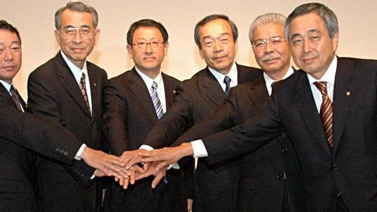 Akio Toyoda and his Board of Directors, 700, 11.05.2010