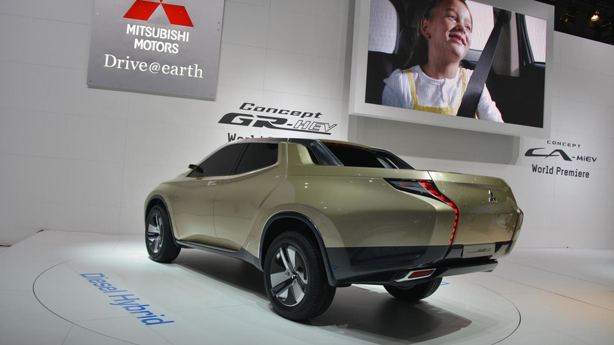 Mitsubishi GR-HEV concept in Geneva previews potential L200 successor