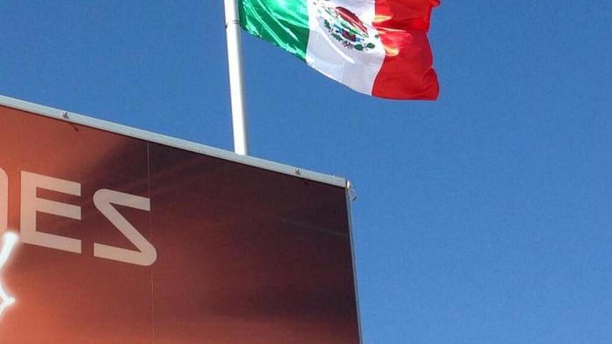 McLaren removes Mexican marijuana flags