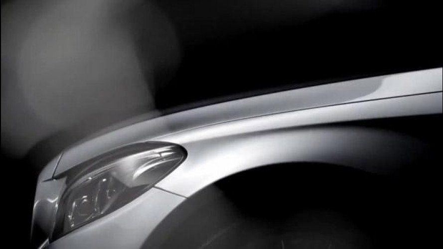 Nuova Mercedes Classe C, il primo teaser [VIDEO]