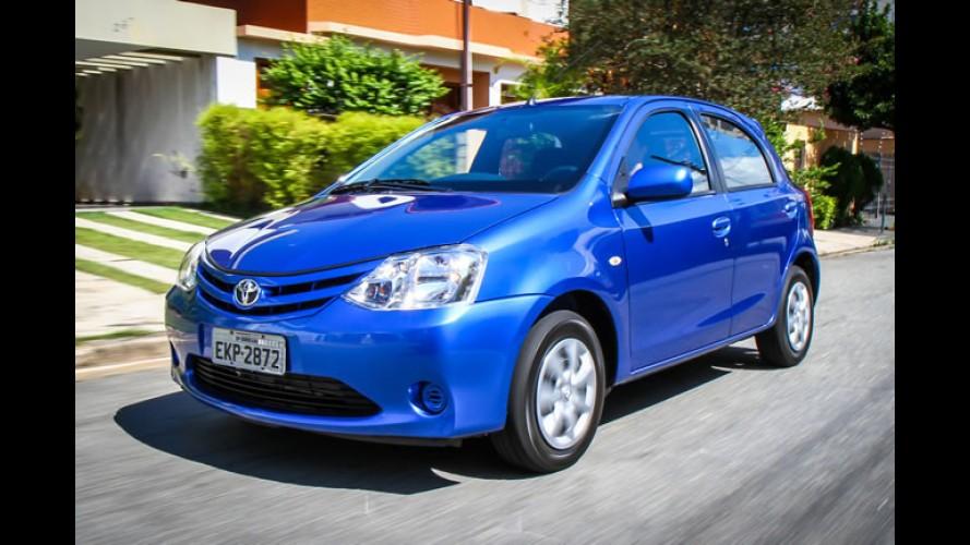 Toyota reduz preços da linha Etios