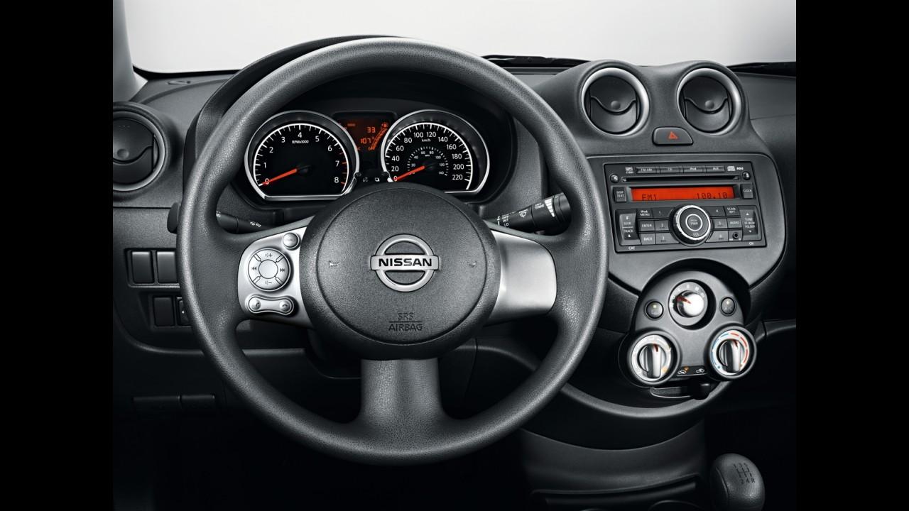 Nissan Versa 2014 tem freios ABS de série e parte de R$ 37.390