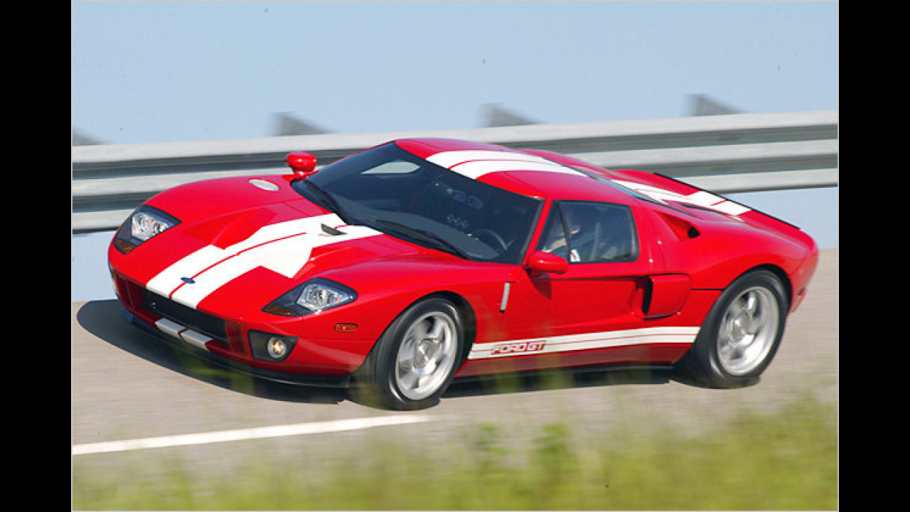 Ford GT (2004)