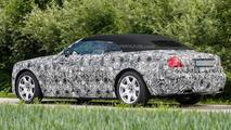2016 Rolls-Royce Dawn spy photo