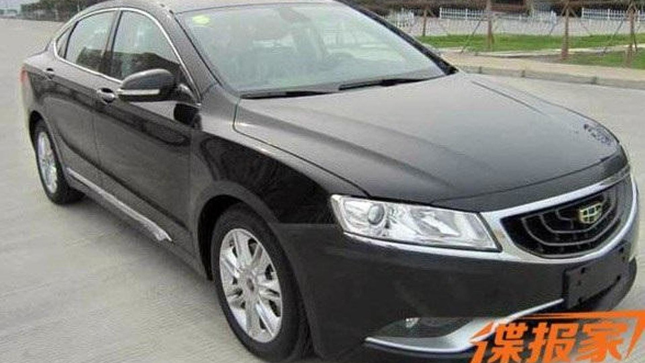 Geely GC9 spy photo