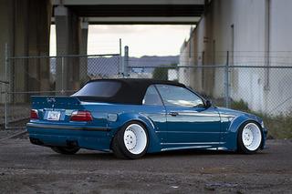 This '95 BMW 325i Loses Altitude, Gains Attitude