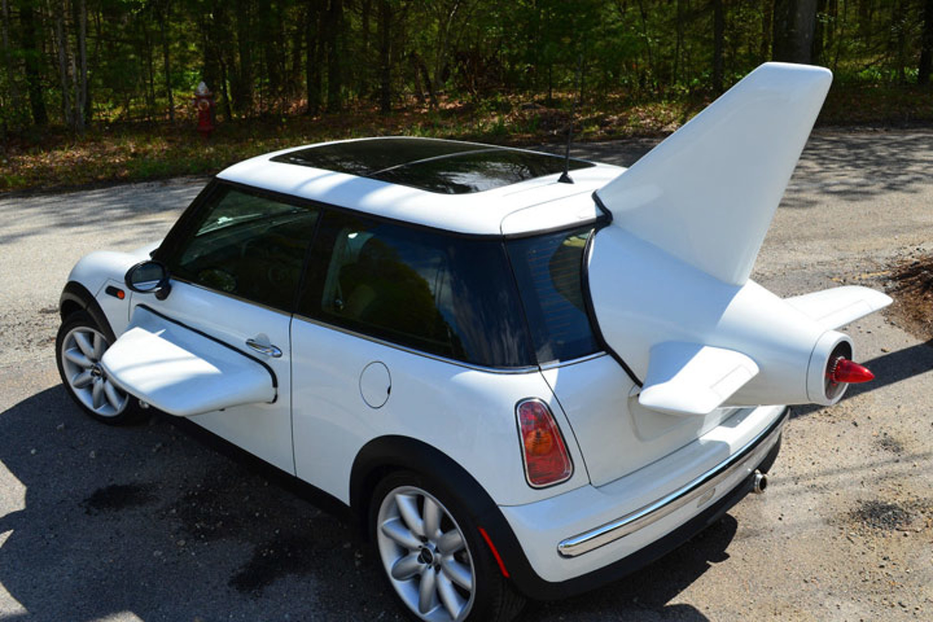 this mini cooper is the world s slowest plane. Black Bedroom Furniture Sets. Home Design Ideas