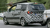 New Opel Meriva Closest Spy Photos Yet