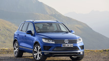 VW Touareg 2015 azul