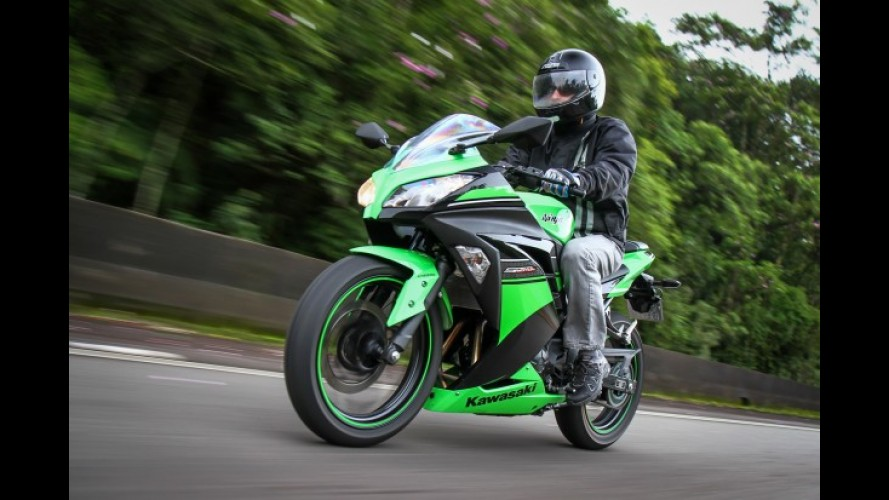 Kawasaki Ninja 300 é líder de vendas no acumulado do ano entre esportivas