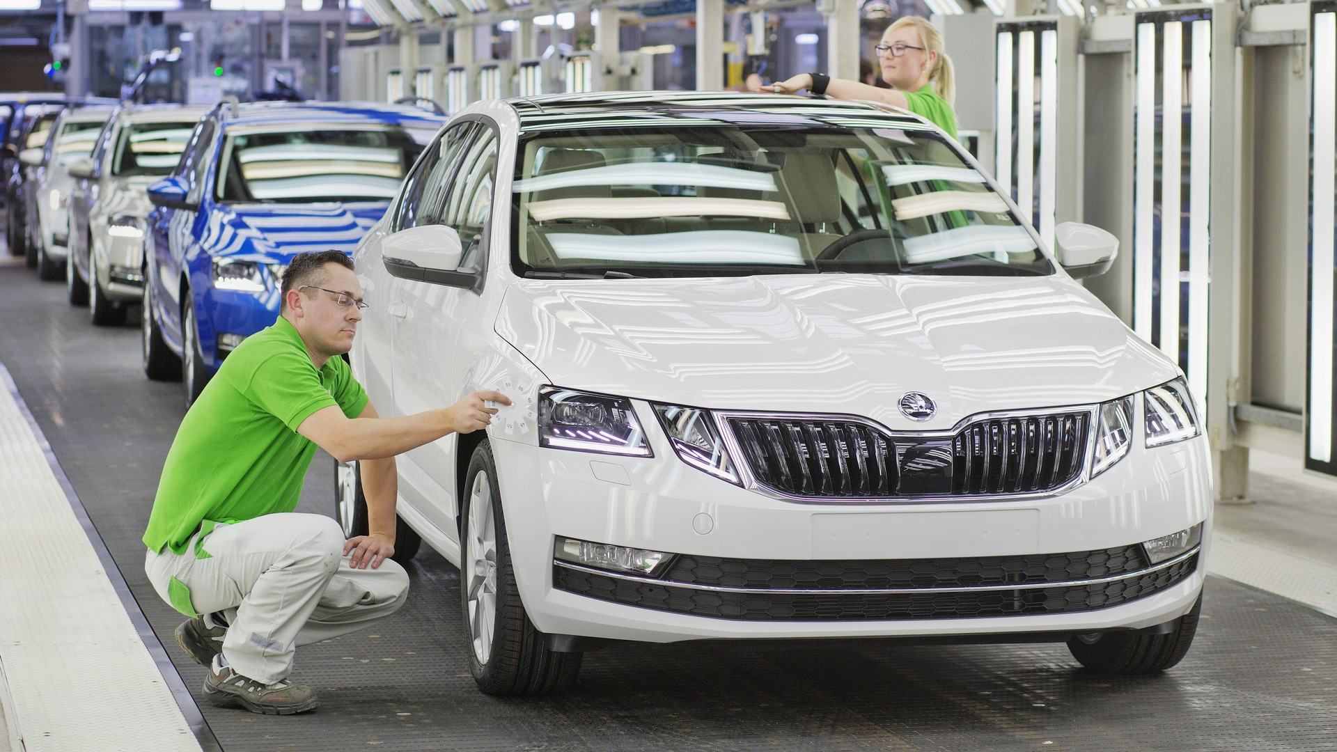 2017 Skoda Octavia facelift production gets rolling product 2017-02-08 12:07:01