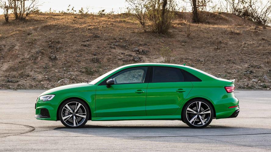 SUV Review 2017 Audi Q3 Quattro Technik  Driving