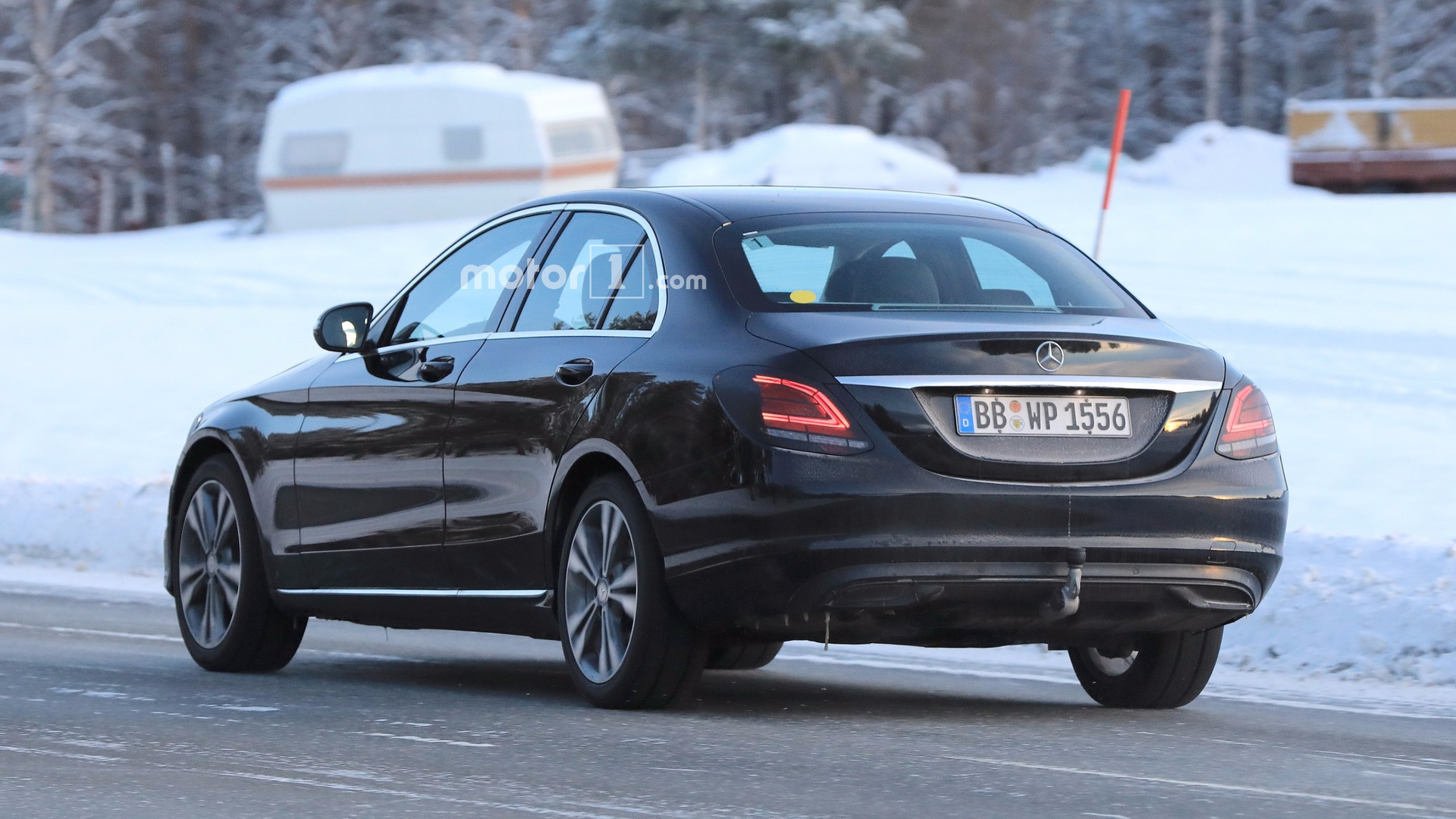 mercedes c class facelift caught flaunting its new taillights. Black Bedroom Furniture Sets. Home Design Ideas
