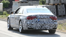 2014 Audi A8 facelift spy photo 29.07.2013