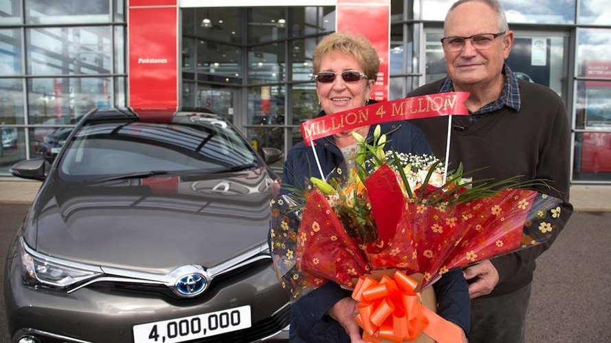 Auris Hybrid four millionth Toyota car built in U.K.
