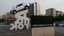 Yeni Amarok Adana meydanında çok dikkat çekiyor