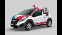 Tá com fome? Novo carro da Domino's é capaz de entregar 80 pizzas