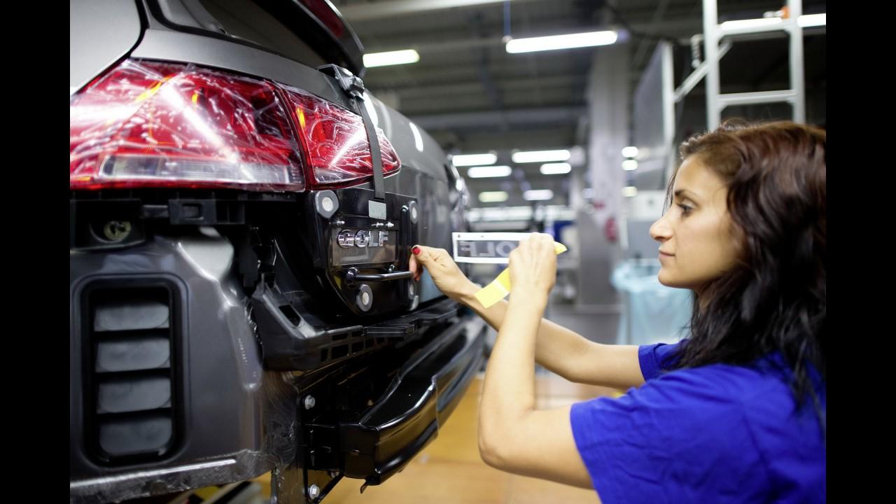 Volkswagen resolve disputa com fornecedores e normaliza produção do Golf
